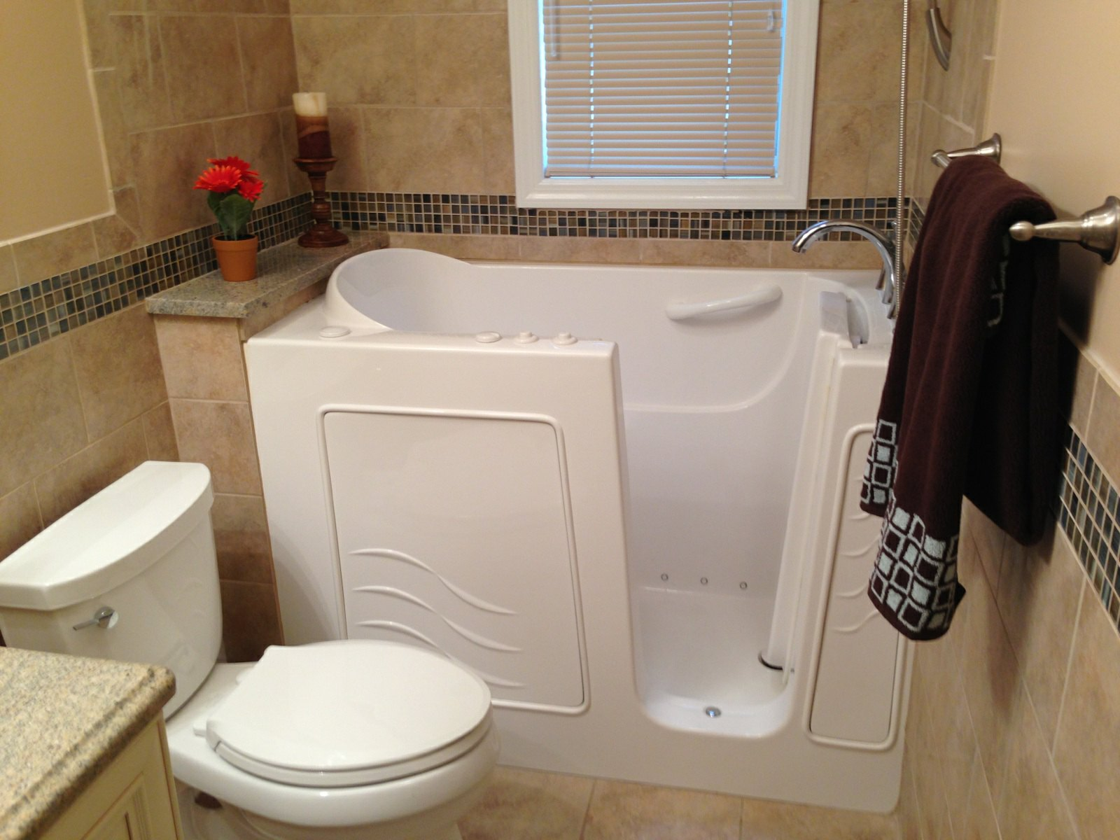 Walk In Bathtubs - Bathe Safe Tub Cuts